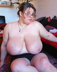 Busty Fat Xmasbabes